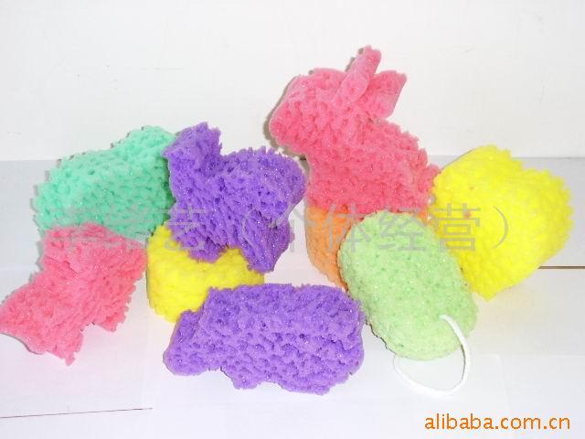 利用海绵制造成各种水果 ,动物